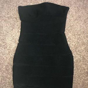 SUPER CUTE BODY CON MINI STRAPLESS DRESS